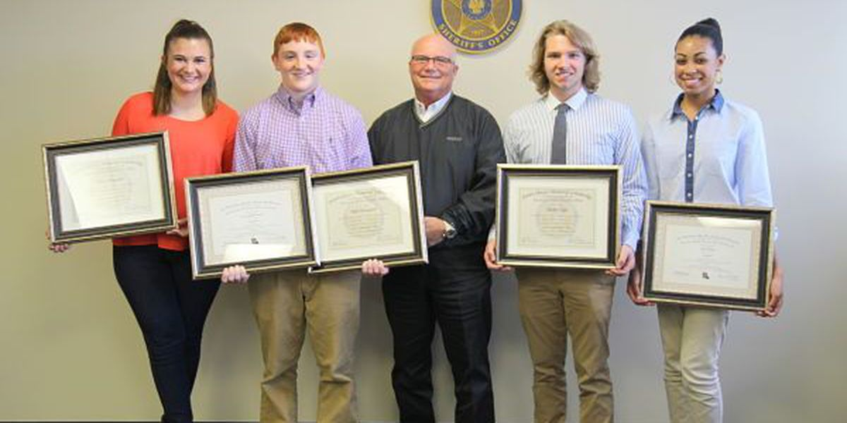 Ascension Parish Sheriff awards scholarships to 3 students