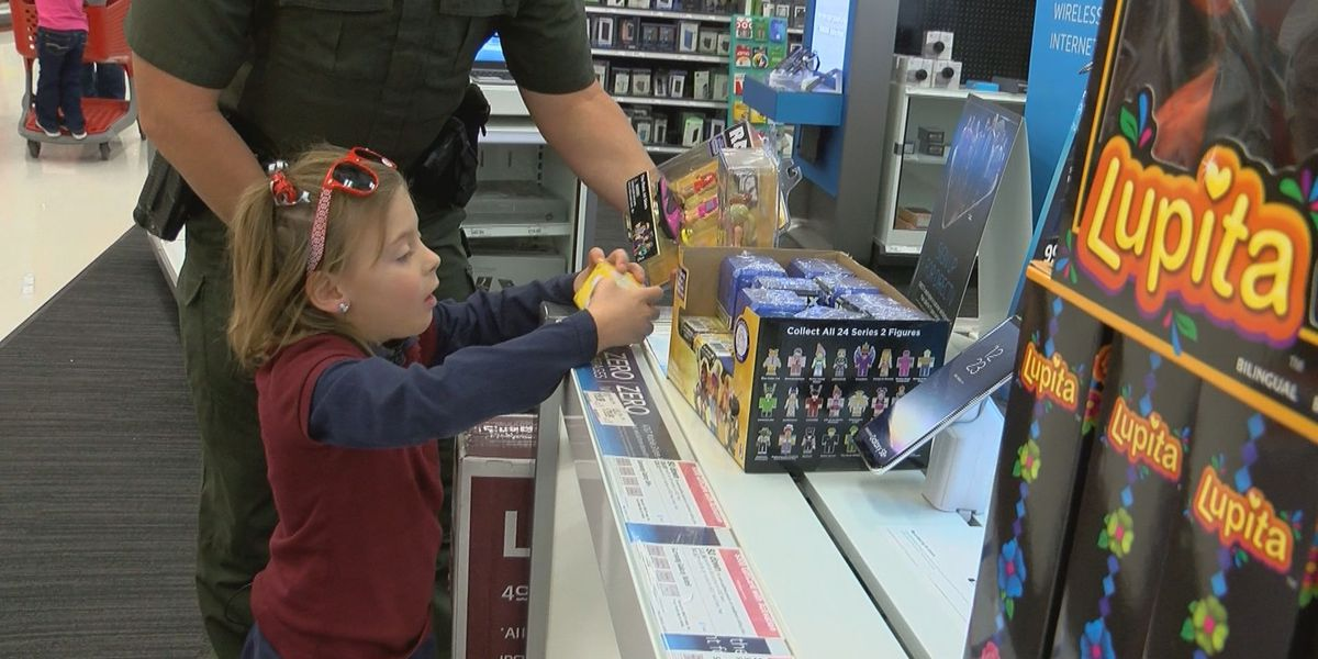 Kids build new friendships during Shop with a Cop