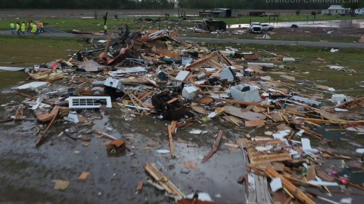 1 killed, 7 others hurt when possible tornado strikes Louisiana village