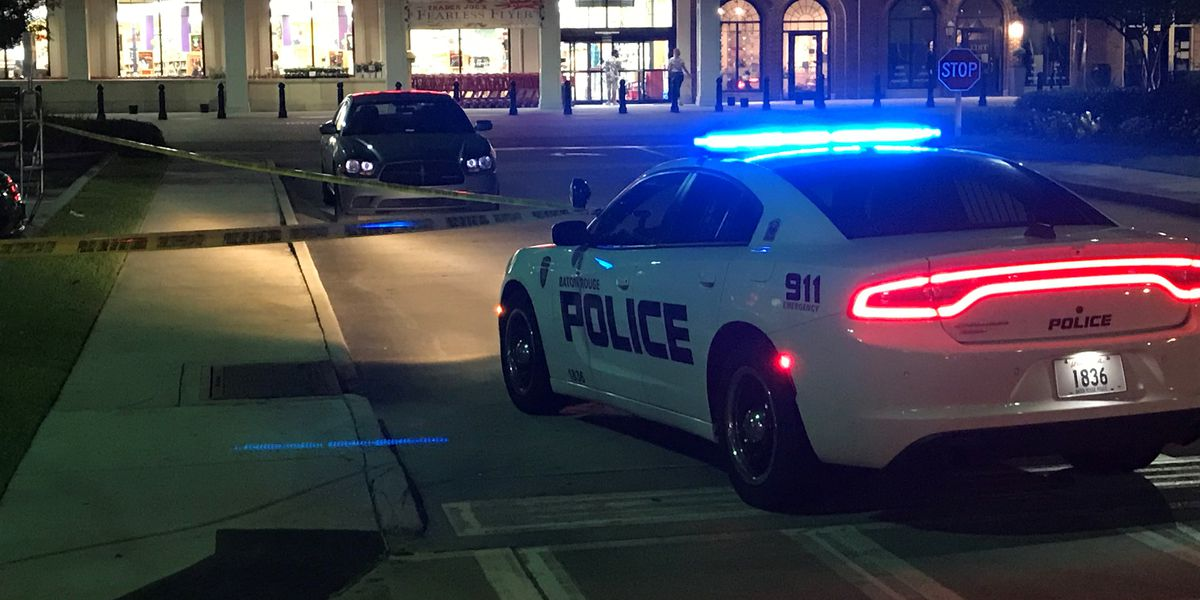 SOURCE: Man shot, killed in Trader Joe's parking lot was reportedly panhandling