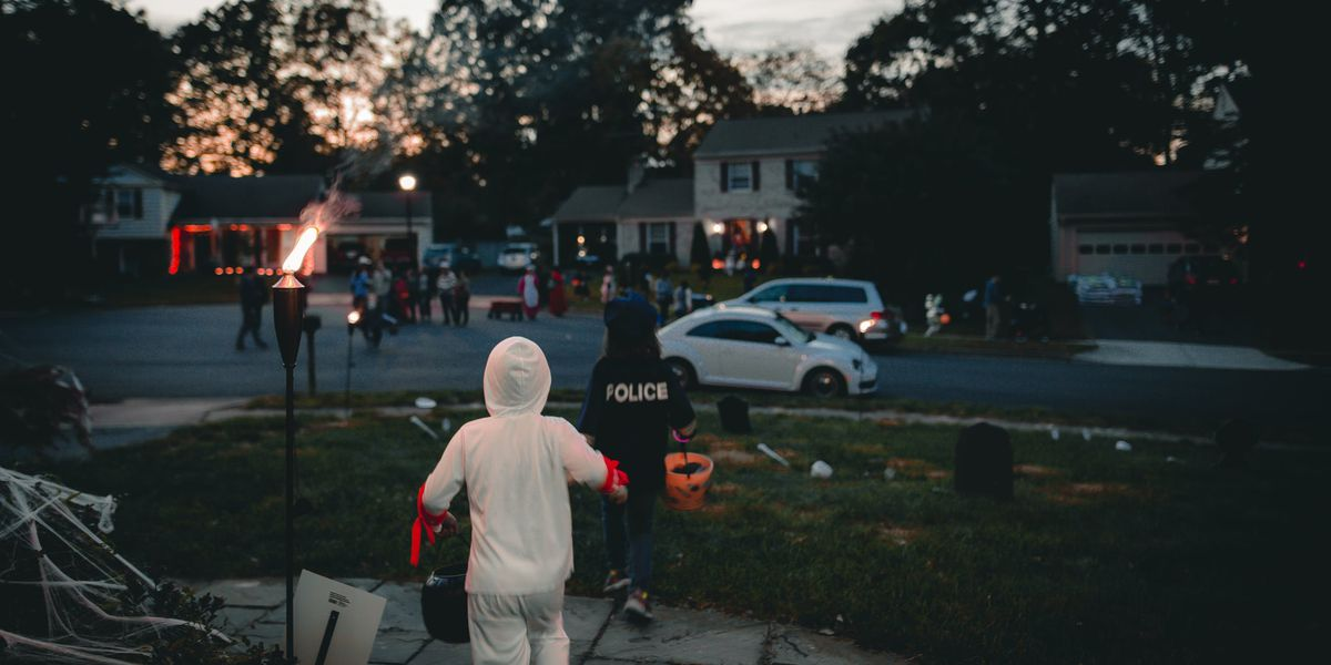 Trick-or-treat times and safety tips