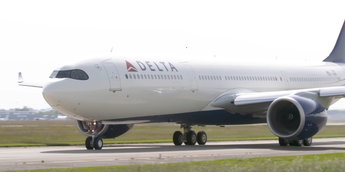 Delta CEO thanks employees with free travel