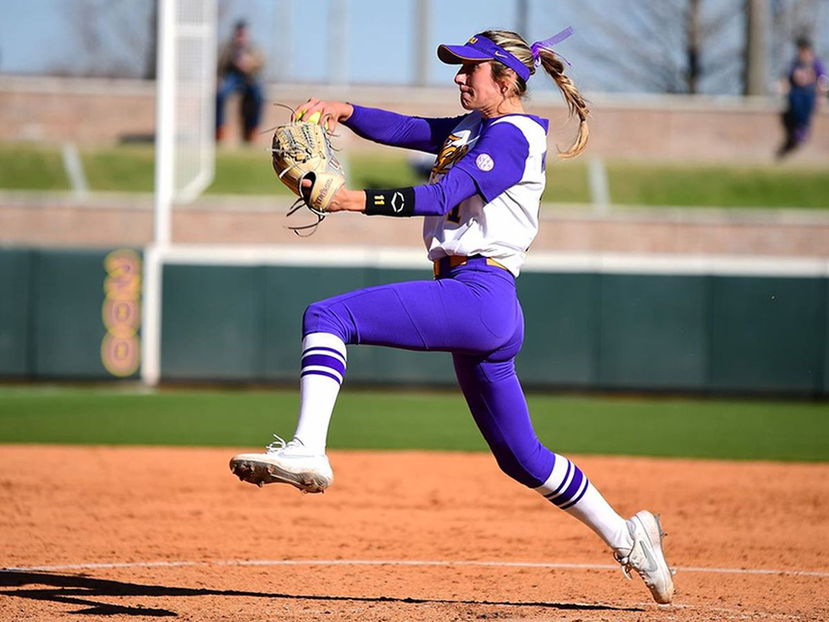 No. 11 LSU shuts out Central Arkansas in both games of doubleheader