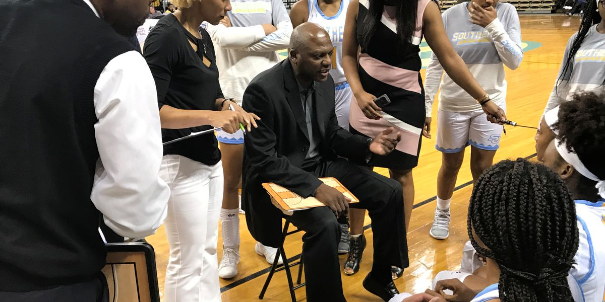 SU women's basketball head coach Carlos Funchess wins Coach of the Year honor