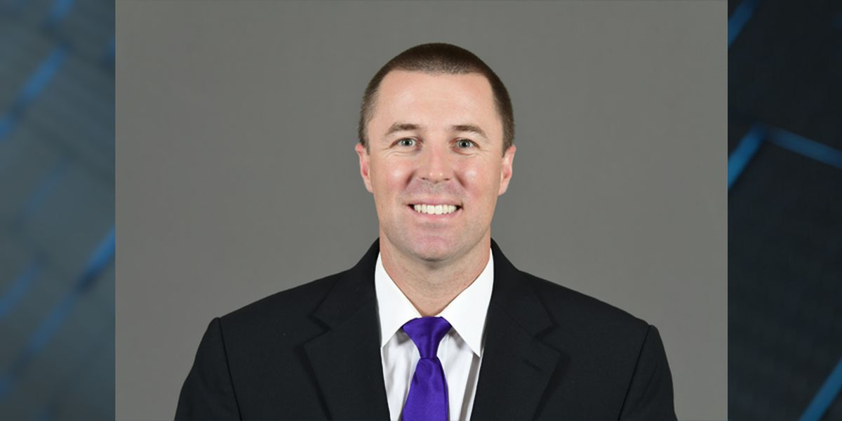 Eddie Smith joins LSU baseball staff as volunteer coach and hitting coach