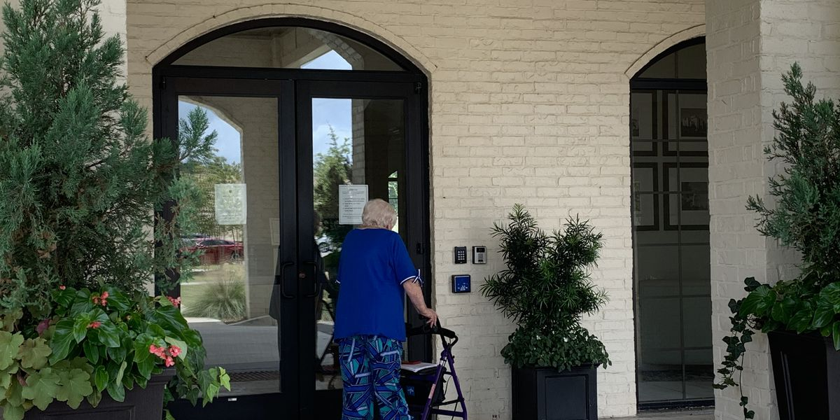 La. lawmakers move to give themselves more say in nursing home visitation rules
