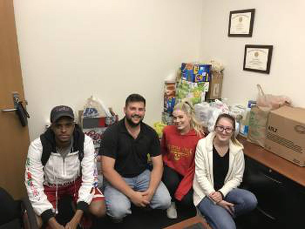 LSU marketing students donates more than 2,800 pounds of food for Greater Baton Rouge Food Bank