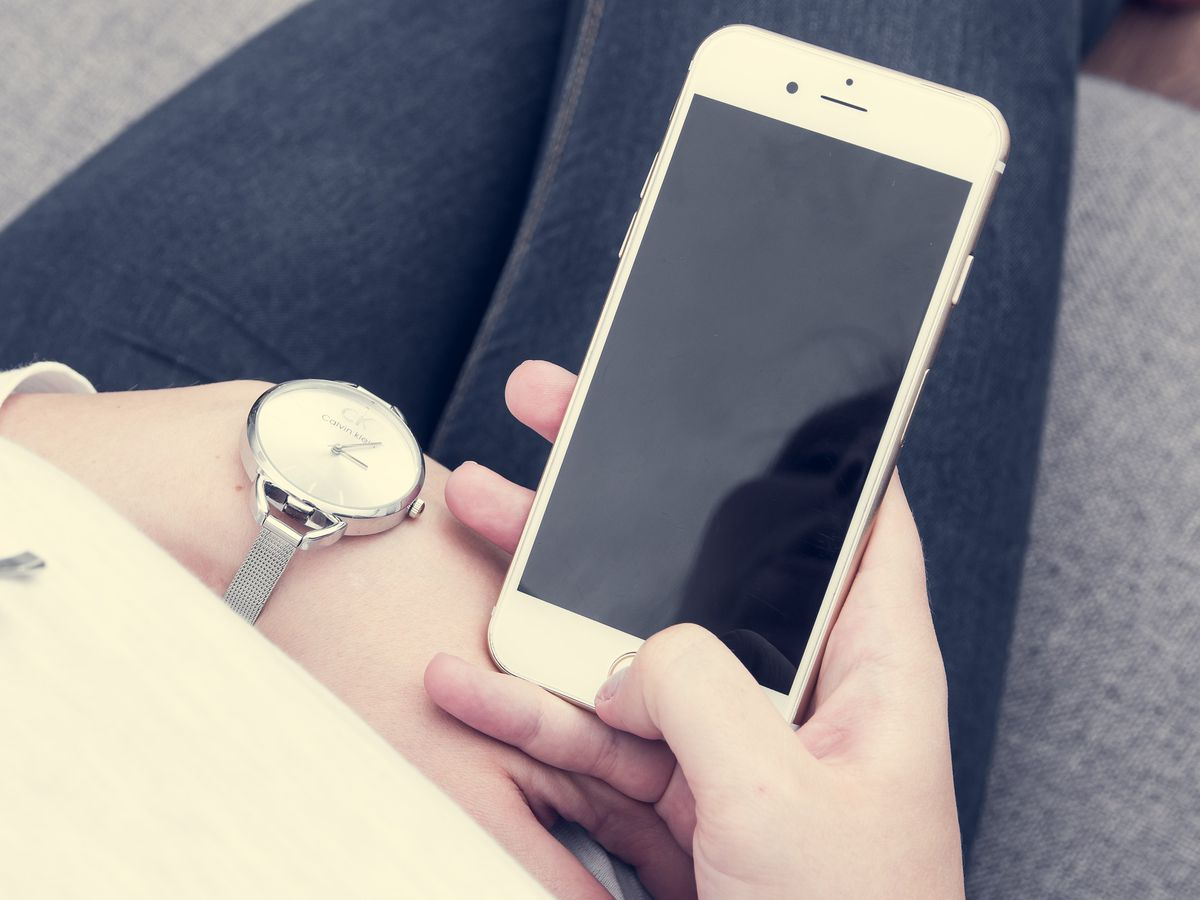 Scammers targeting voice search users on iPhones, smart devices