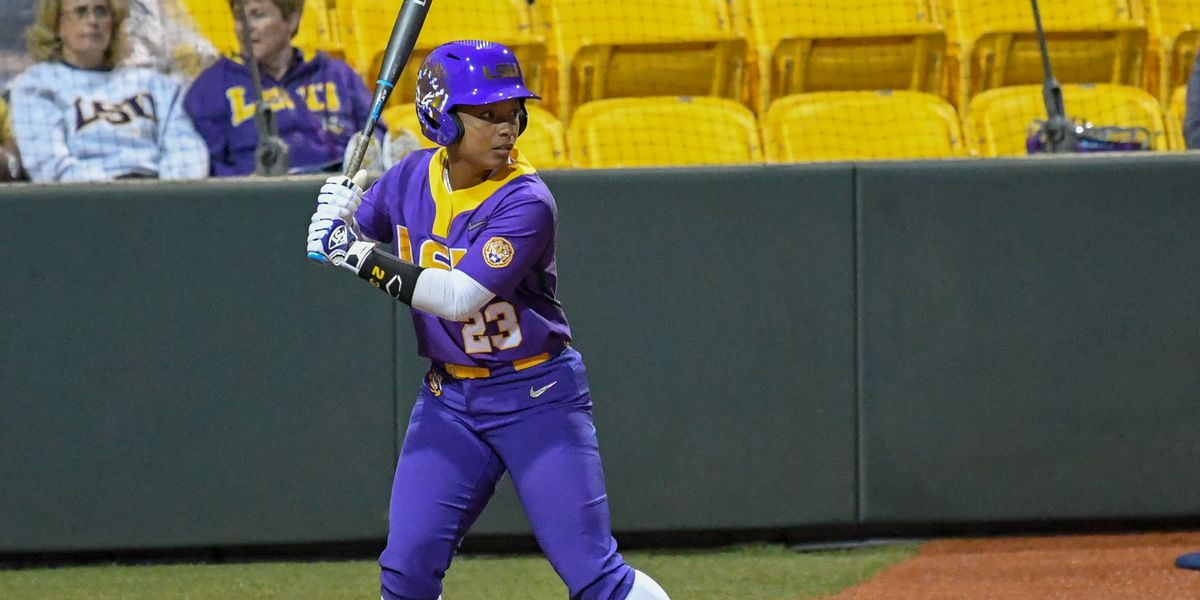 LSU softball run-rules Texas A&M, 17-3, in 5 innings in Game 1