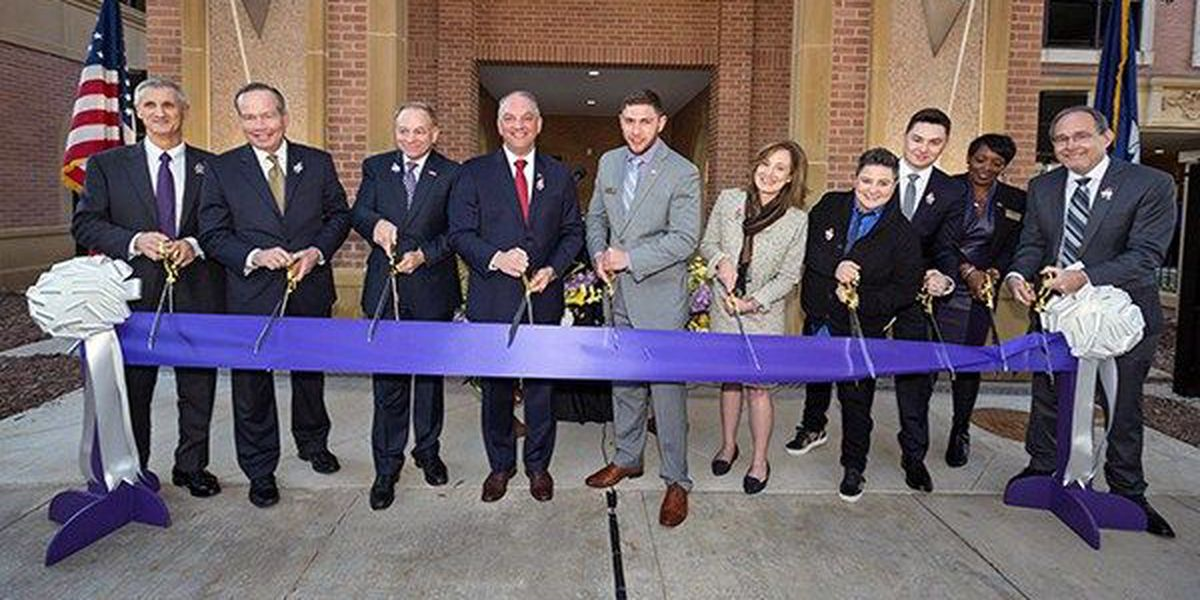 LSU holds ribbon cutting ceremony for new military and veterans student center