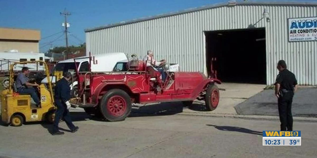 SHOWCASING LOUISIANA: Old fire truck