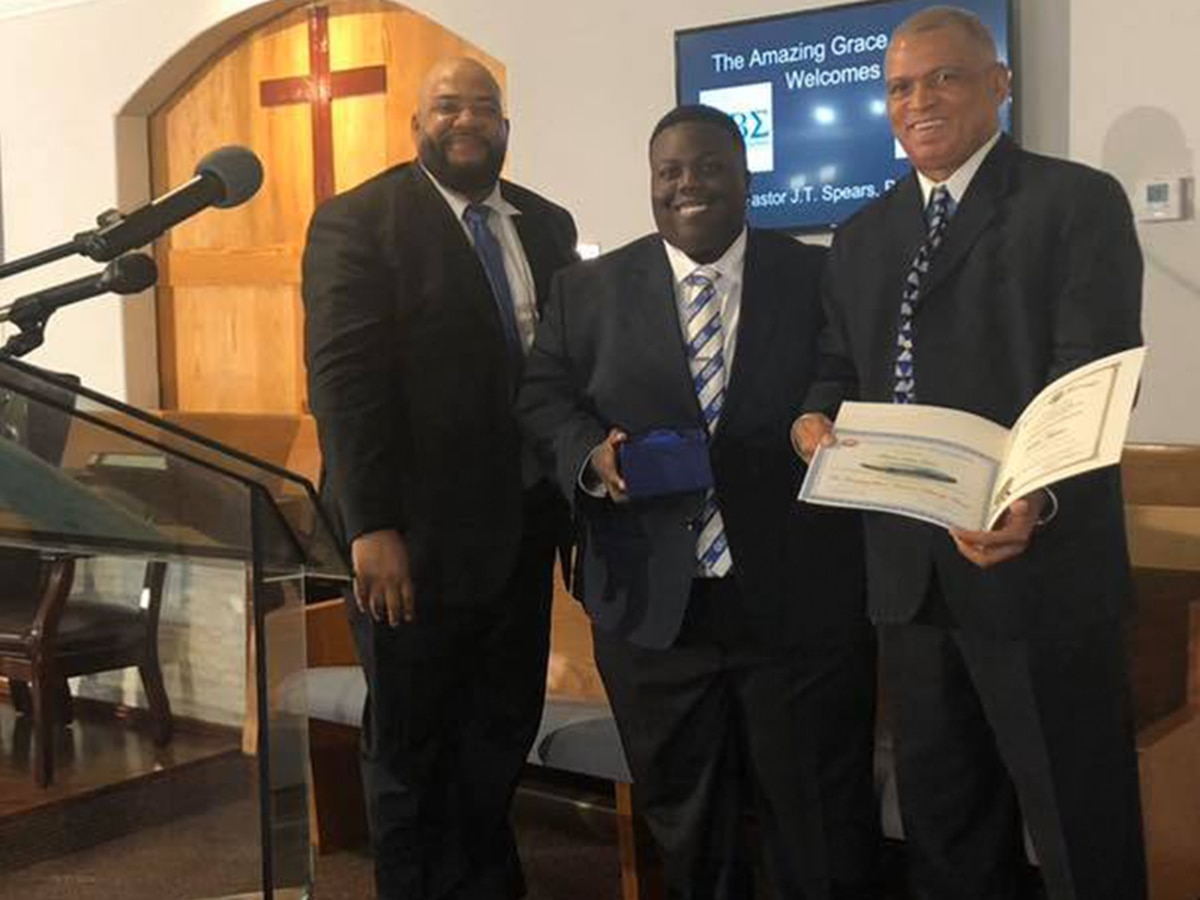 WAFB's Scottie Hunter among 7 honored for community service