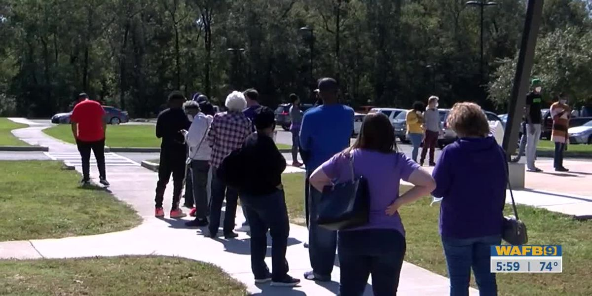 Forest Community Park continues to have a steady flow of early voters