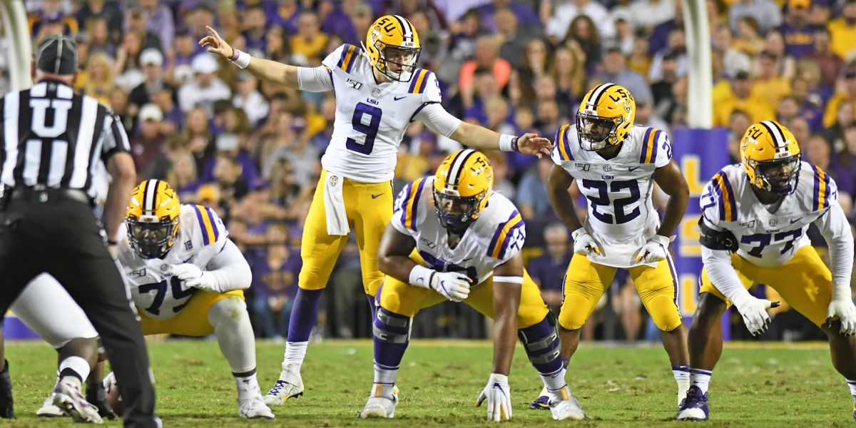 3 LSU players up for college football awards
