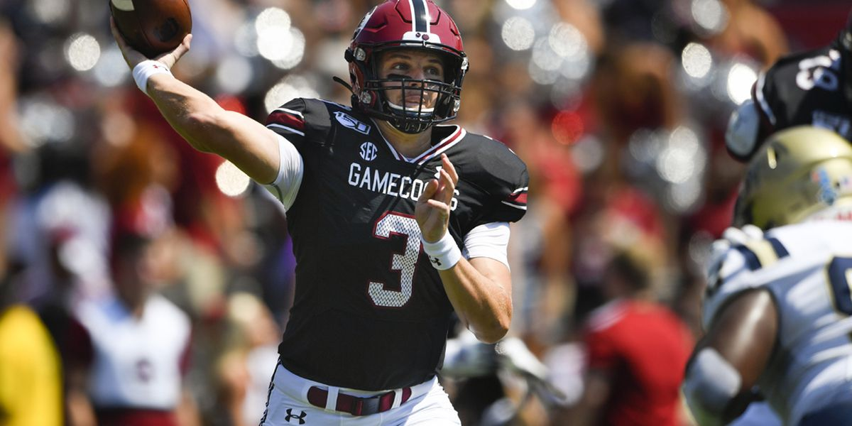 Freshman Hilinski's debut leads South Carolina to 72-10 win