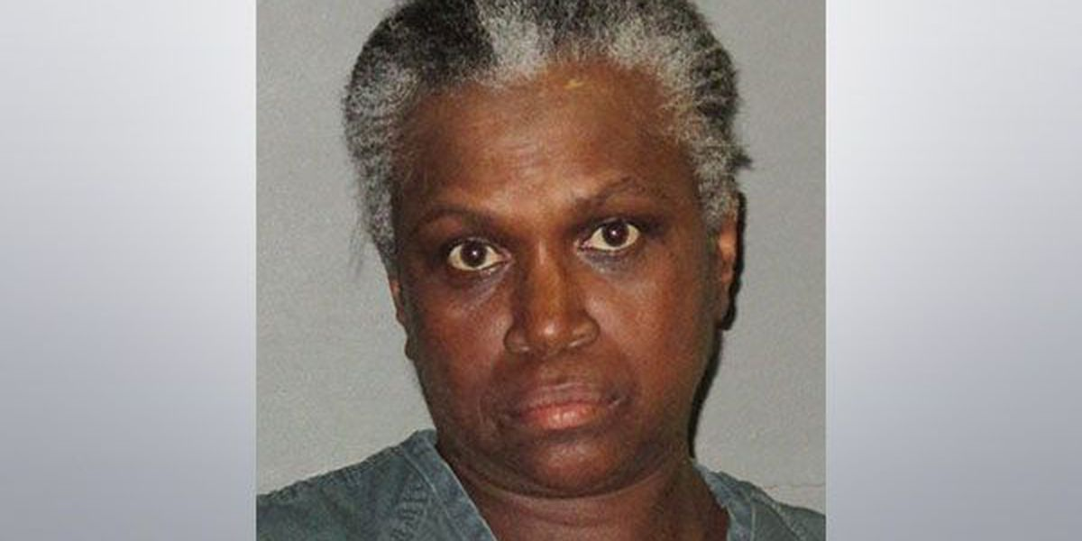 Woman arrested for attempting to cash a dead person's check