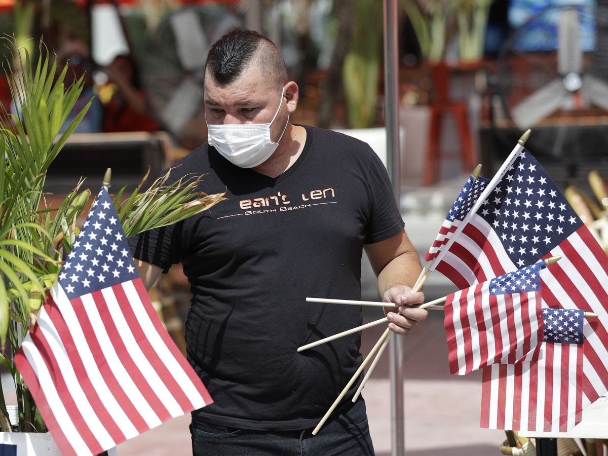 US holiday weekend adds to virus worries as case counts grow