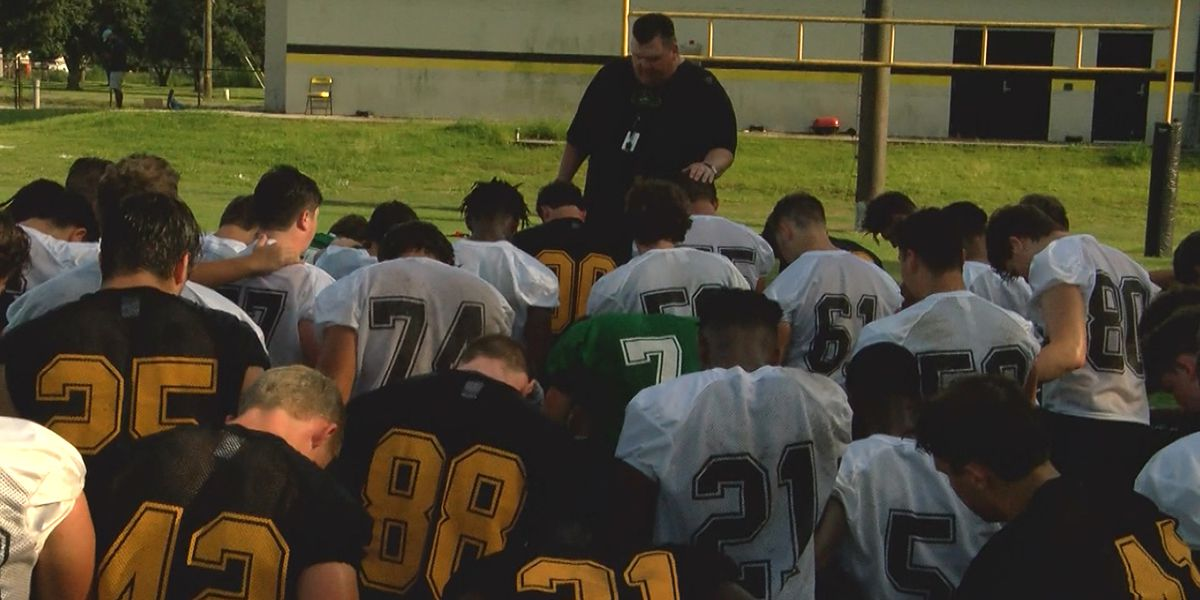 SPORTSLINE SUMMER CAMP: St. Amant Gators
