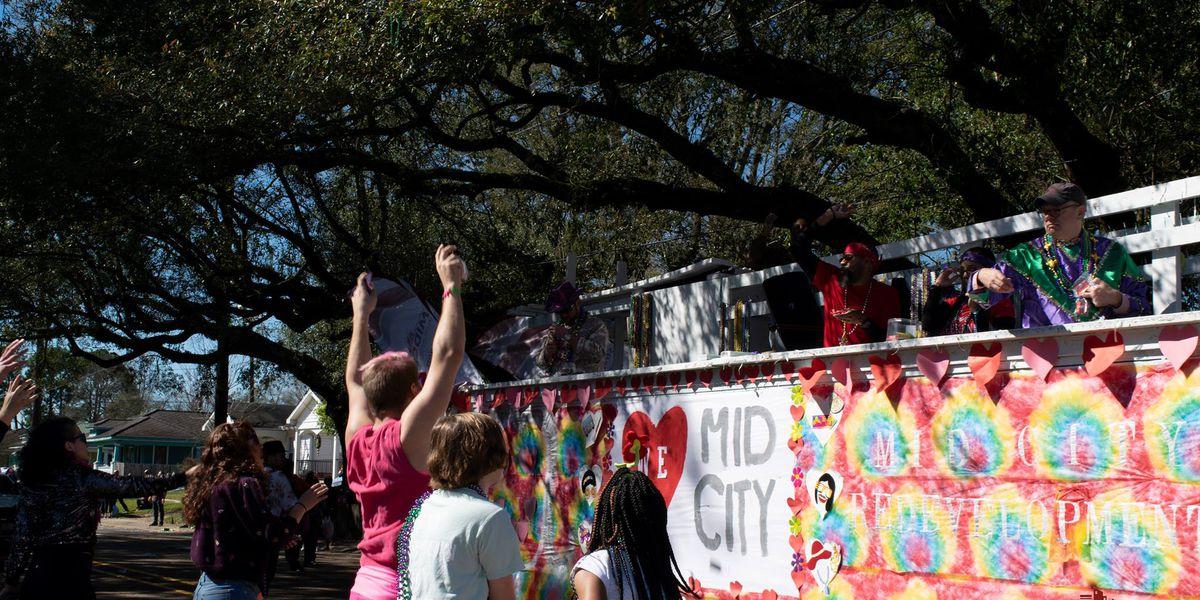 Baton Rouge organization collecting Mardi Gras beads to be reused