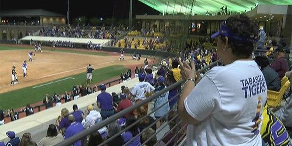 LSU softball withstands Warhawks in 7-3 victory