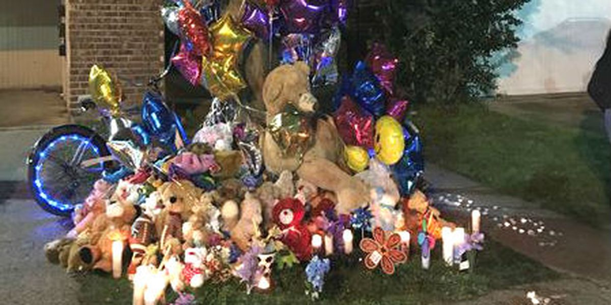 Vigil held to memorialize 3 killed in brutal Terrytown beatings