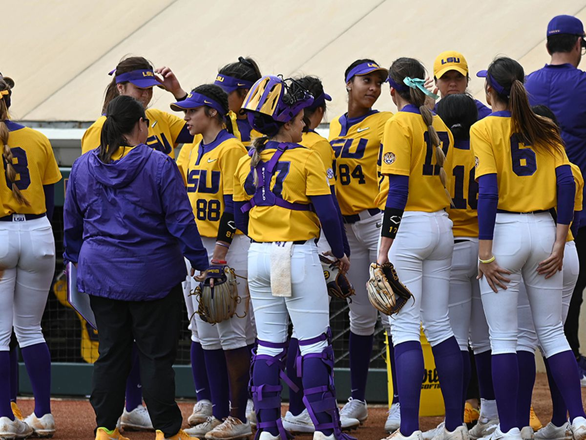 LSU softball ranked No. 5 in preseason polls