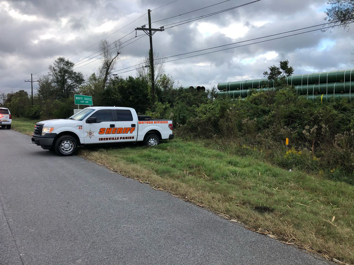 Sheriff: Man hunting near White Castle dies after being hit by train