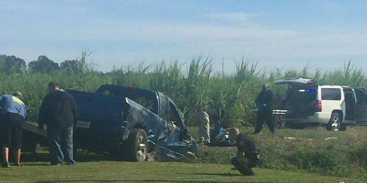 1 dead after truck found submerged in canal in Plaquemine