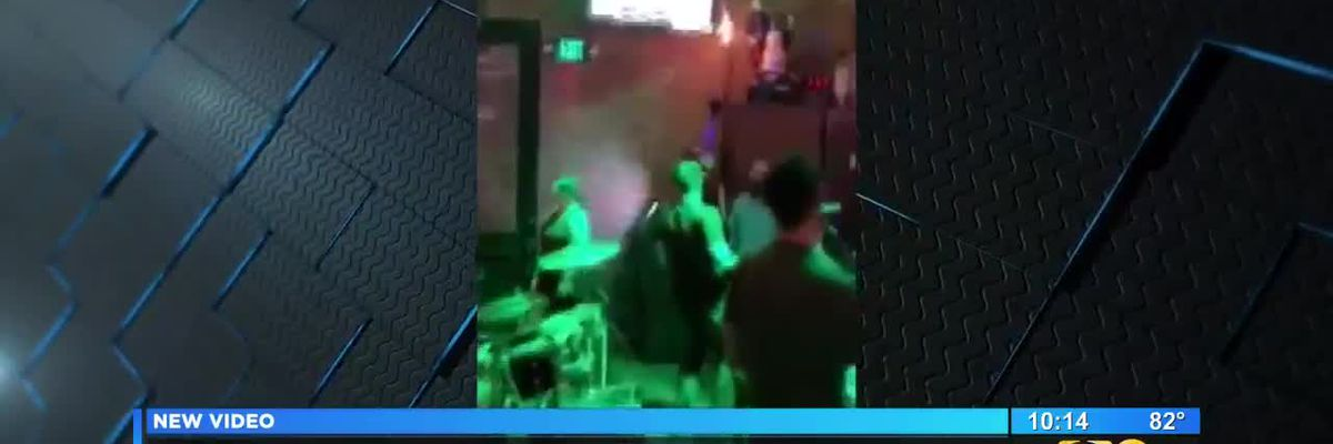 Police horse walks into Bourbon Street bar in New Orleans