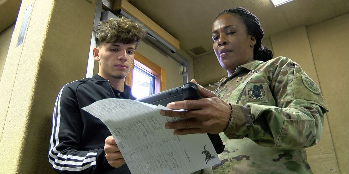 Army Mobile Usability Lab Experience tours Baton Rouge area high schools