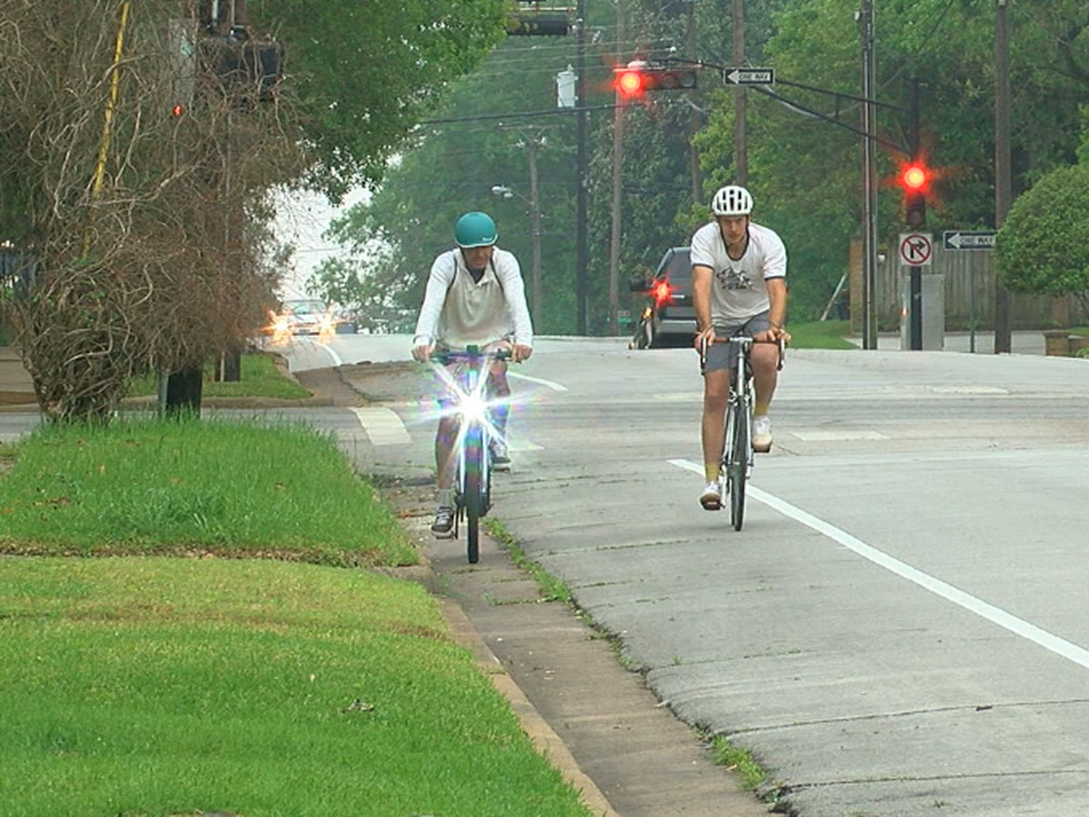 City of BR approves bike lanes for Hyacinth Avenue