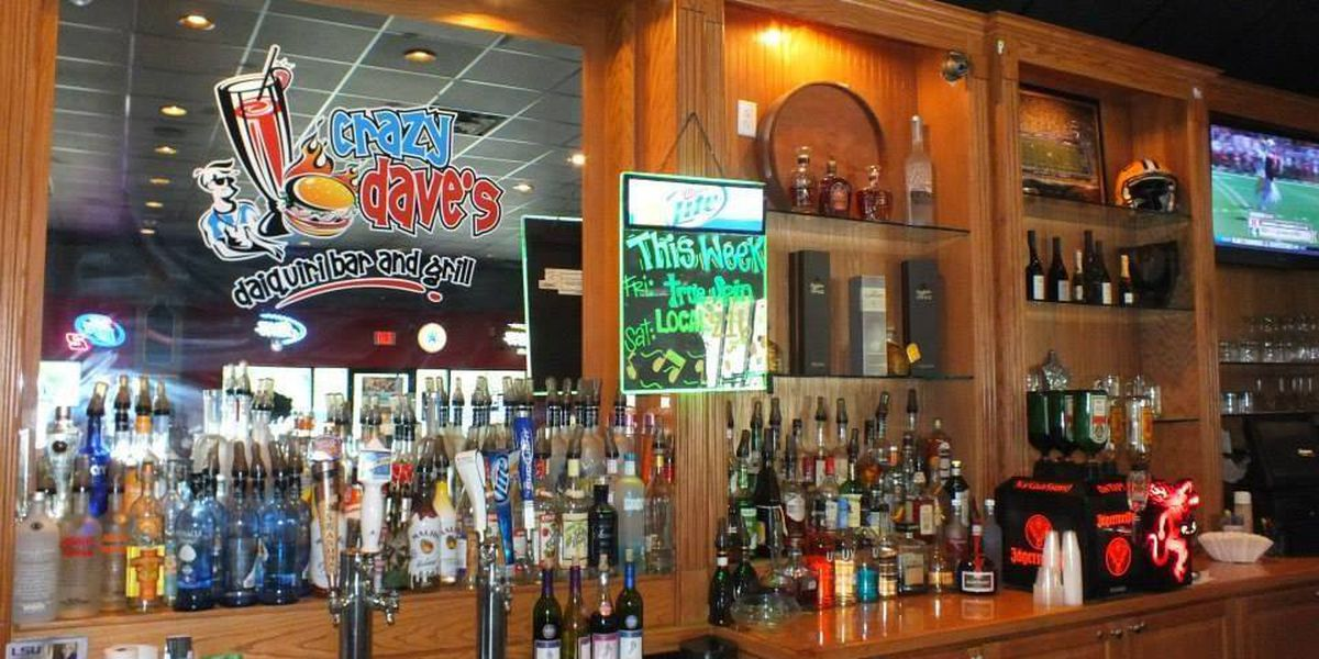 Crazy Dave's goes out with a bang, announces closure after Hardy band performance