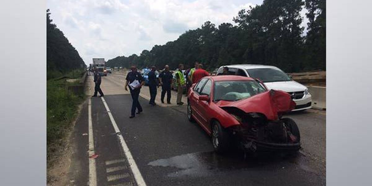 All lanes at I-12 East at Albany now open after 6-vehicle crash
