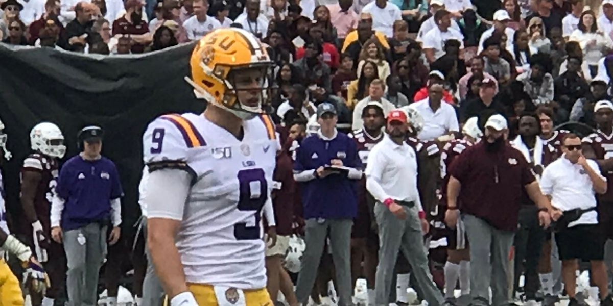 Burrow breaks single-season passing TD record as No. 2 LSU routs Miss. St. after slow start