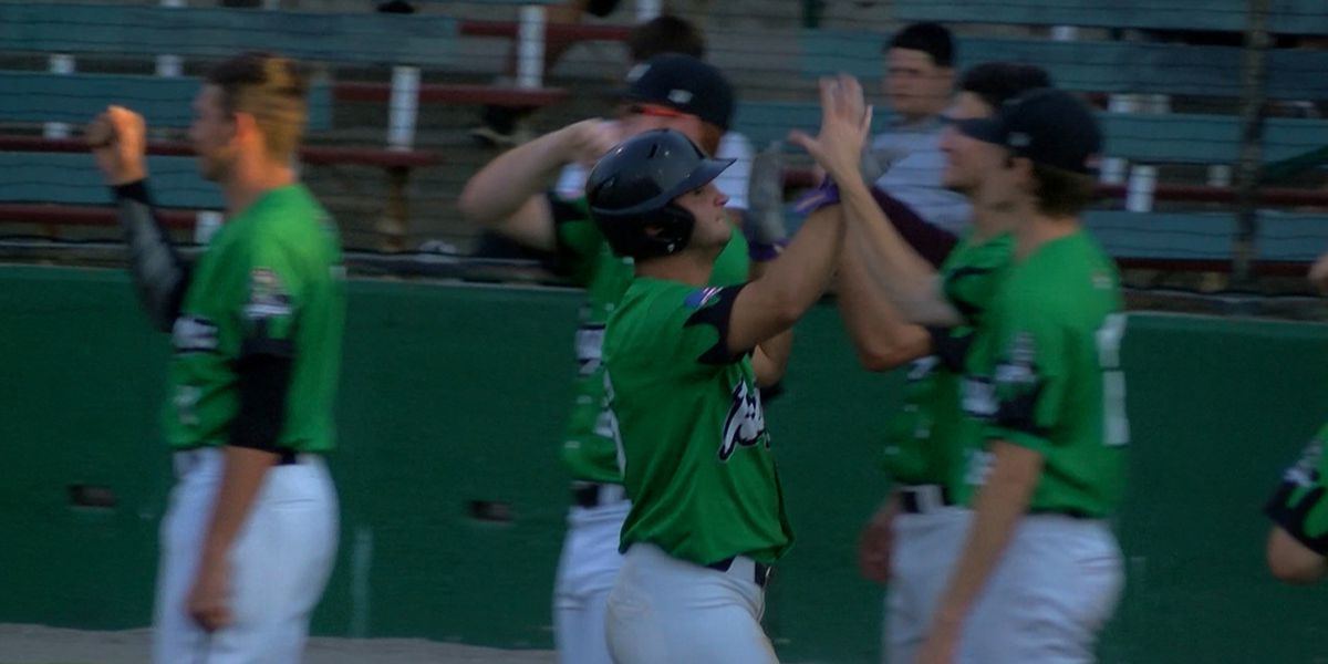 Drew Bianco hits HR off LSU teammate in debut with Rougarou