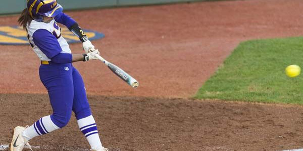 LSU softball sweeps doubleheader at Missouri