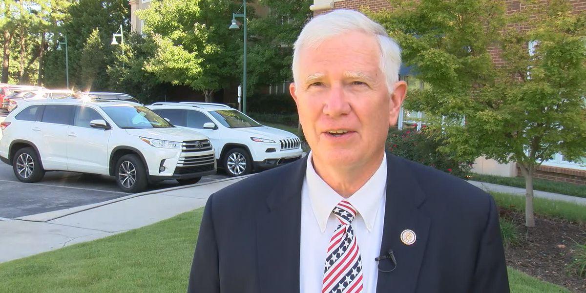 Congressman Mo Brooks blames 'fascist ANTIFA' for violence at U.S. Capitol