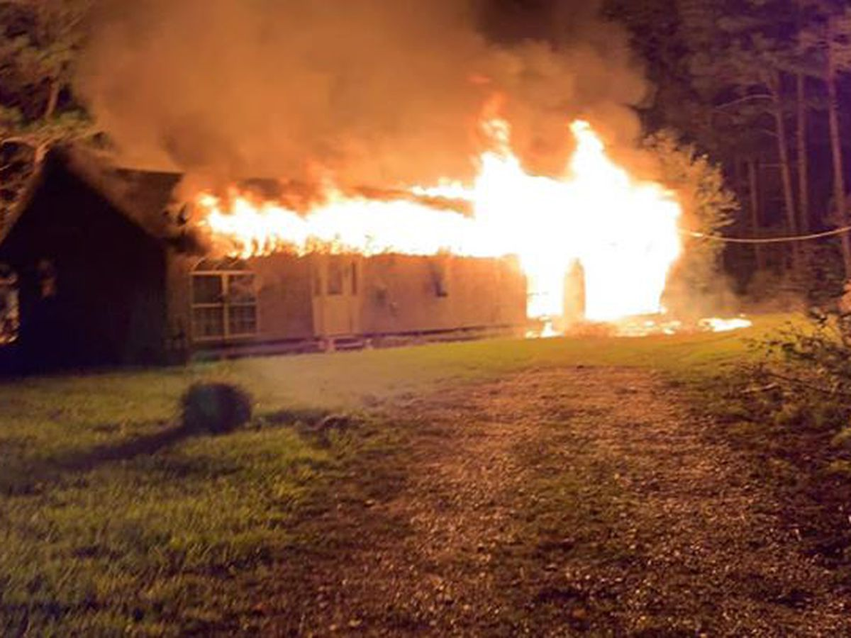 Livingston crews battle overnight fire during freezing temperatures
