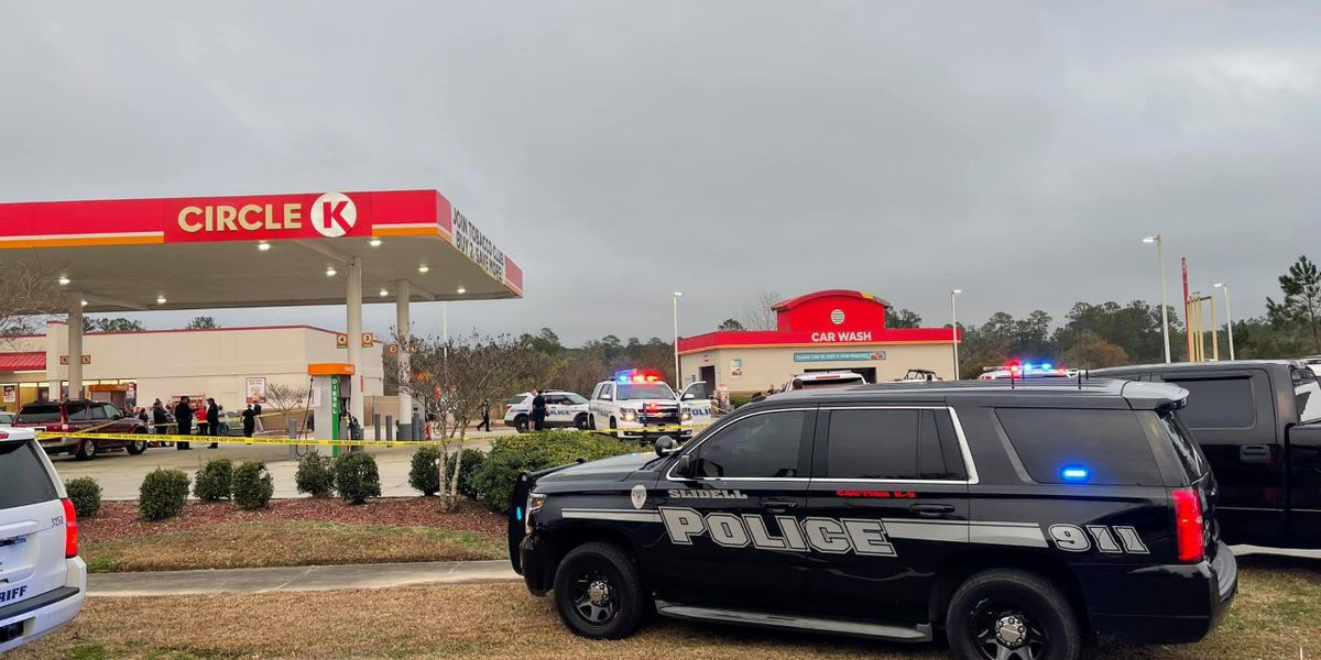 Officials identify stabbing suspect killed by police at Slidell Circle K