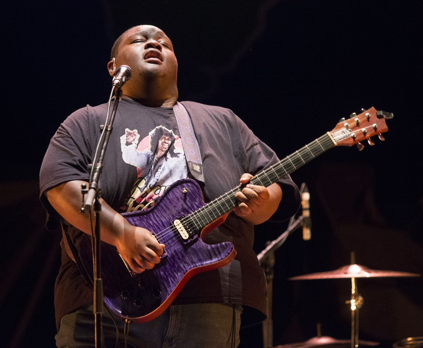 """Christone """"Kingfish"""" Ingram performs in concert as the opening act for Vampire Weekend during their """"Father of the Bride Tour"""" at TD Pavilion at the Mann on Wednesday, Sept. 4, 2019, in Philadelphia. (Photo by Owen Sweeney/Invision/AP)"""