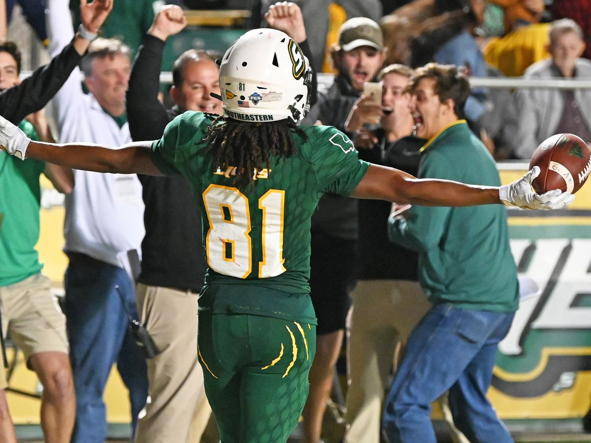 GAME UPDATES: Southeastern vs. Montana in second round of FCS playoffs