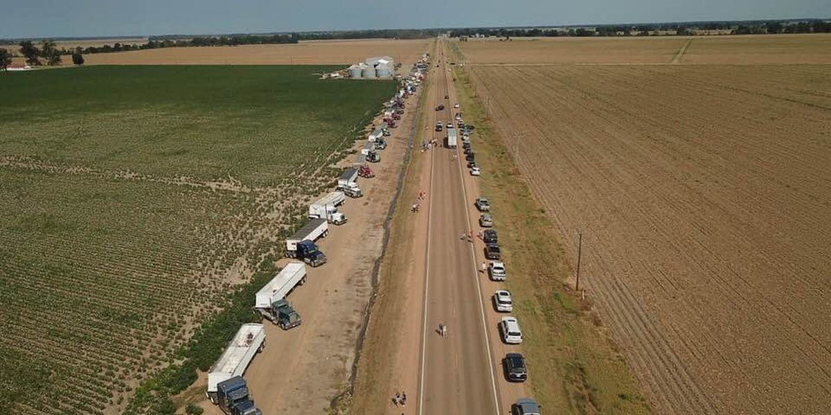 Truckers line Hwy to show support for Rolling Fork man with rare form of cancer