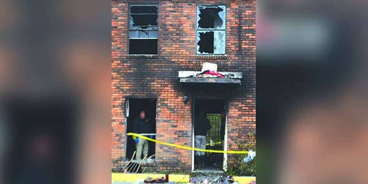 Officials investigate fire at apartment complex in Hammond