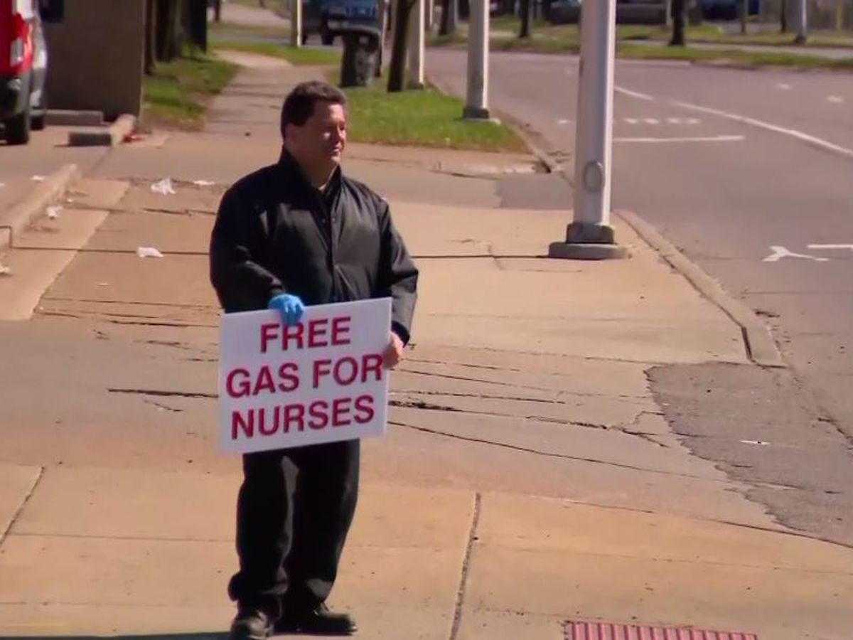 Good Samaritans spend more than $1,000 on gas for Detroit nurses treating coronavirus