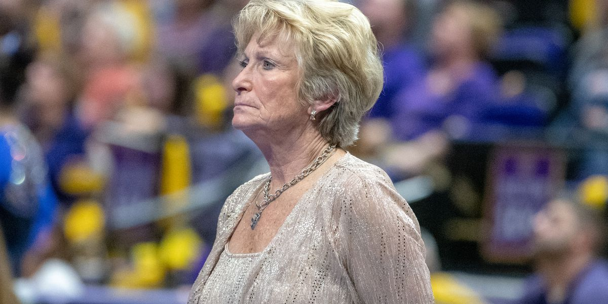 Pair of perfect 10s propels LSU gymnastics to highest away score in school history