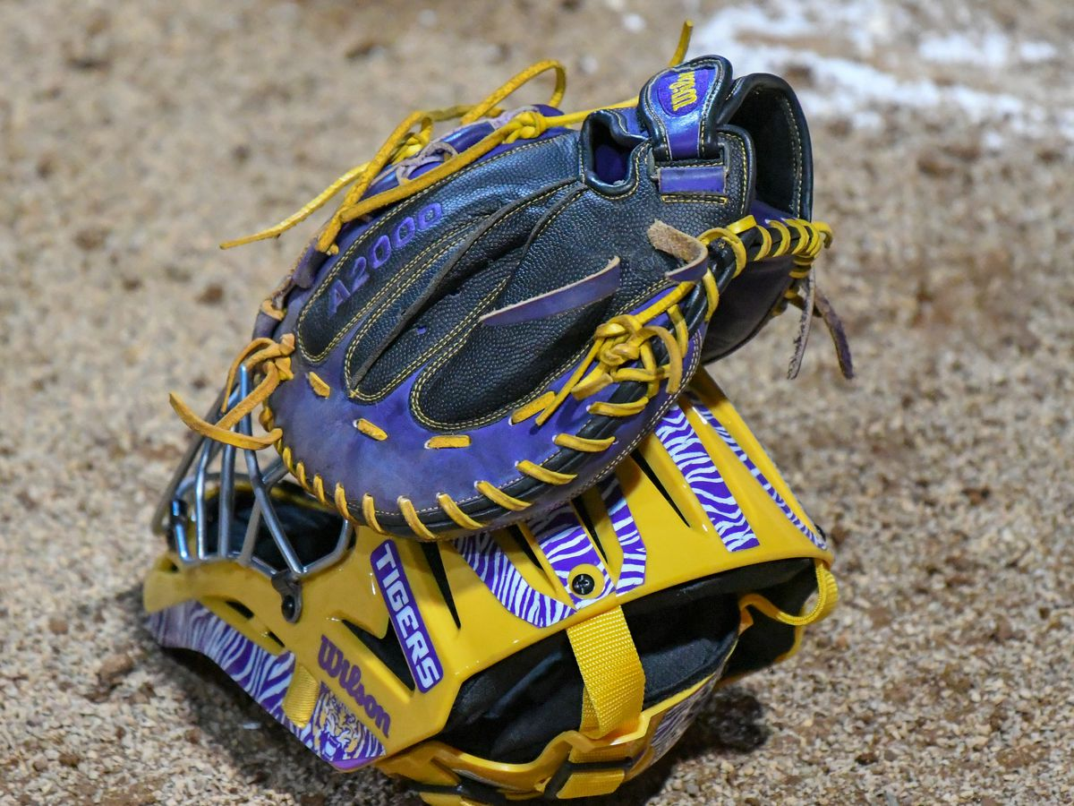 No. 7 LSU softball rebounds to sweep day 2 of LSU Invitational