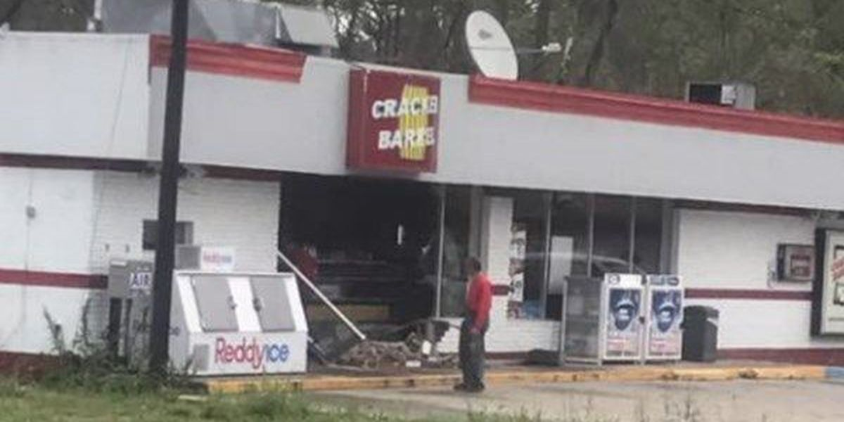 Truck backs in to convenience store in Port Vincent; suspects allegedly steal ATM