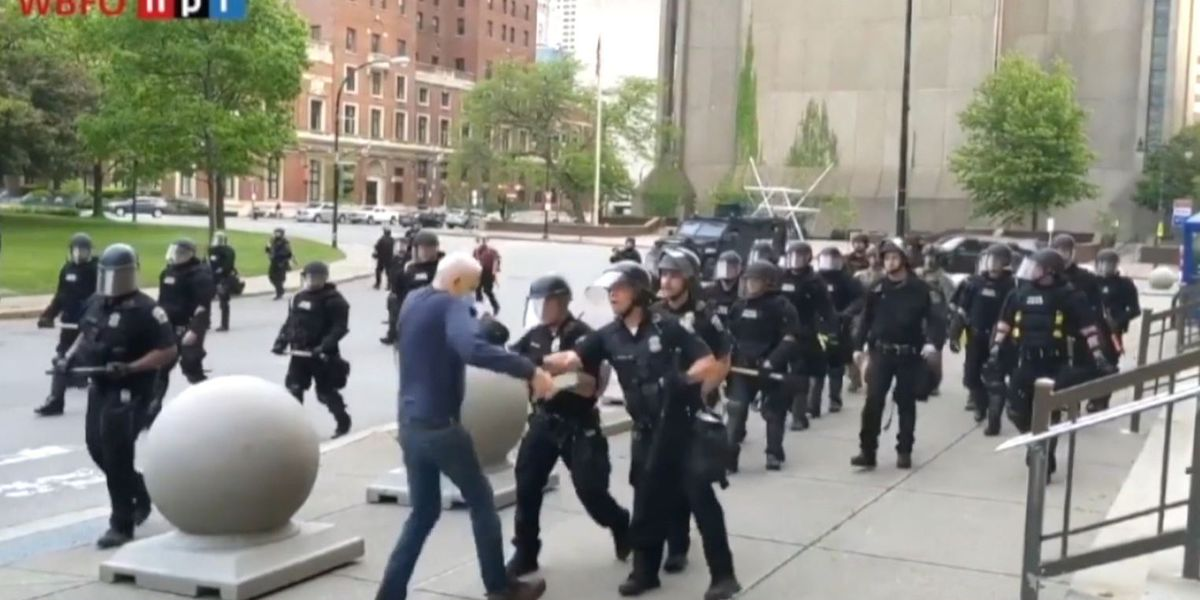 GRAPHIC: 75-year-old NY protester who was pushed to the ground files lawsuit against police, city