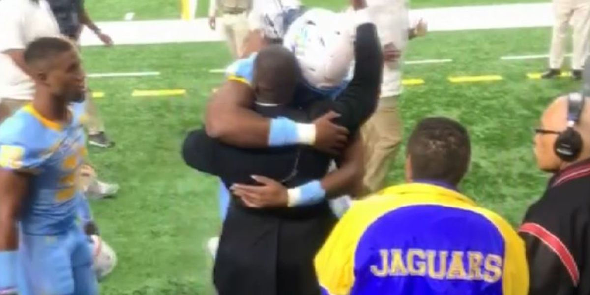 Southern player surprised at Bayou Classic by Marine brother he hadn't seen in 4 years