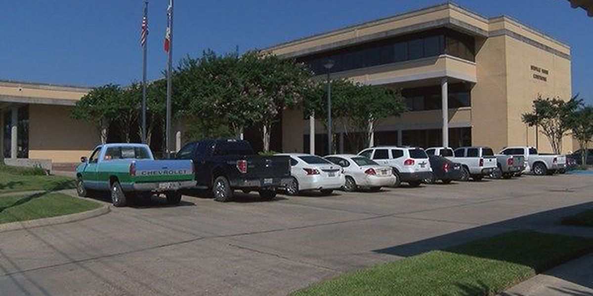 Crews begin work on A/C systems at Iberville Parish Courthouse
